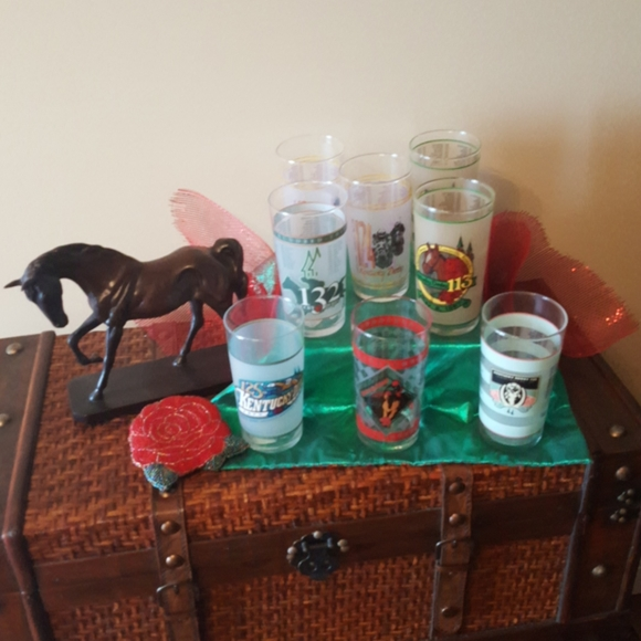 Other - **KENTUCKY DERBY COLLECTOR'S GLASSES** (SET OF 8)